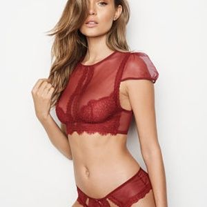 846f8b4d6b5aa Victoria s Secret Tops - ❤️NWT Victoria s Secret Lace Bra Top